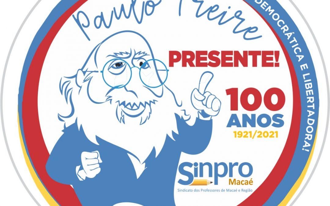 Sinpro Macaé e Região lança selo comemorativo dos centenário de Paulo Freire.